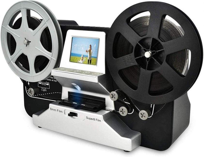 Digitalizzazione fotogramma per fotogramma per conversione HD: converte i filmati 8mm e Super 8 in file di filmati digitali MPEG-4 (MP4) a 1080P / 30 fps.